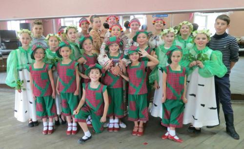Образцовый ансамбль танца Улыбка